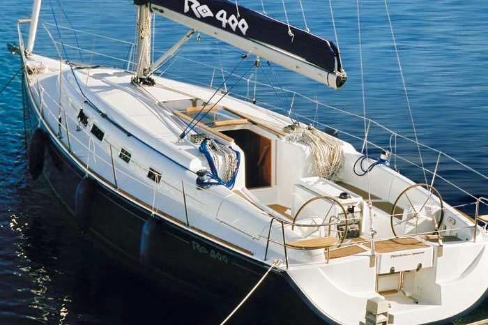 Private Sailing Yacht