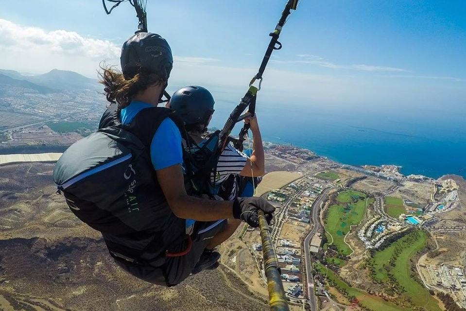 Standard Paragliding Flight