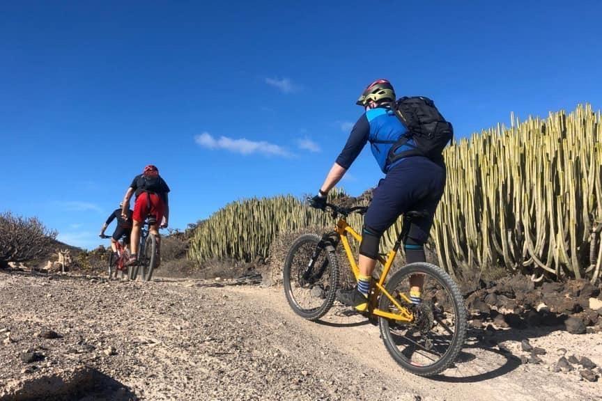 Mountain Bike Tour - Montaña Roja